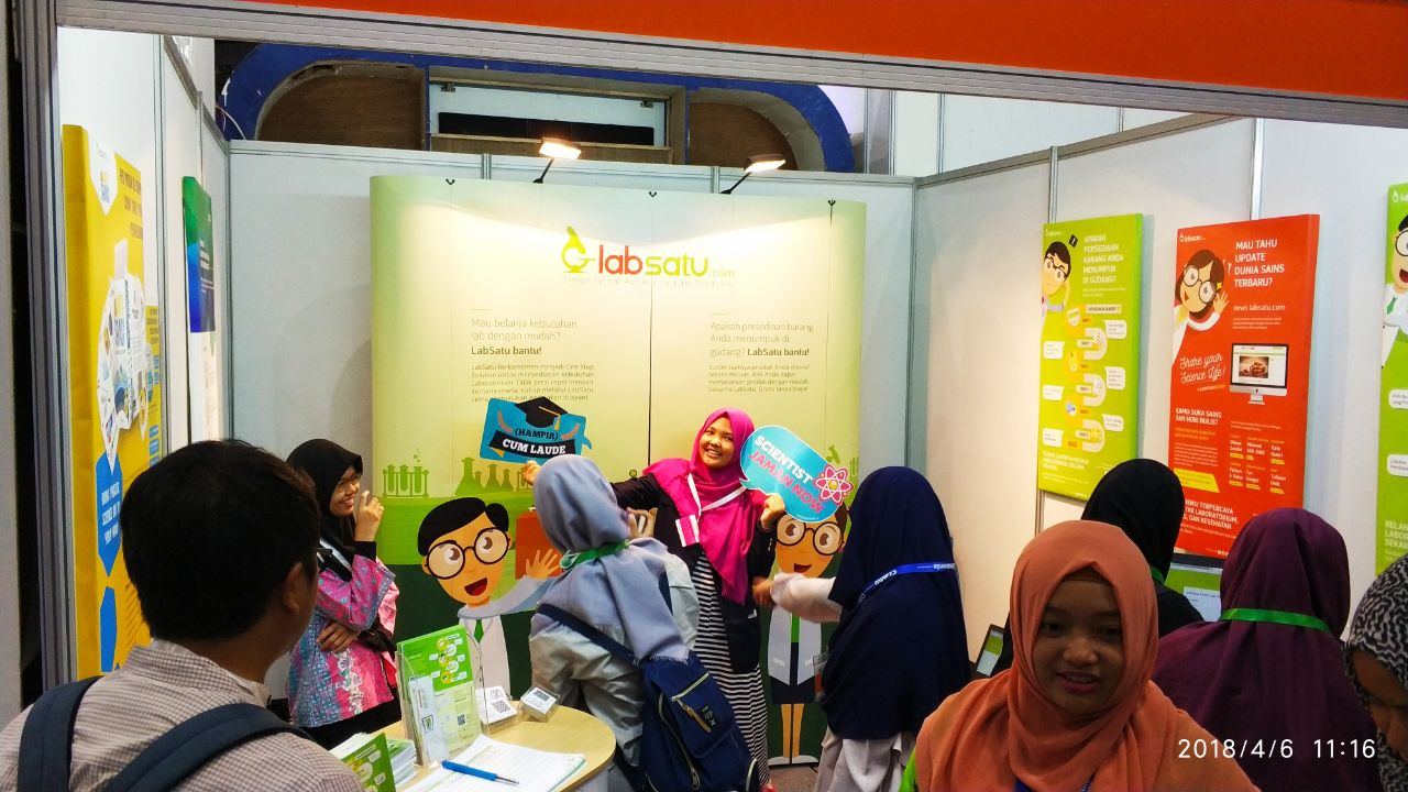 Mencicipi Teknologi Augmented Reality ala LabSatu di Event Lab Indonesia 2018