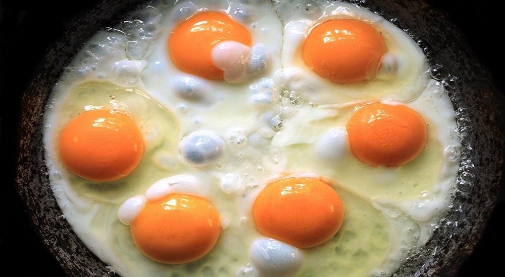 Sebutir Telur Setiap Hari Dapat Menjauhkan Anda dari Penyakit Jantung dan Stroke ?