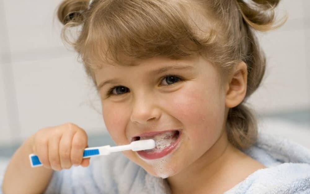 Bahan yang Terkandung di Dalam Pasta Gigi Ini Memicu Kanker Usus Besar