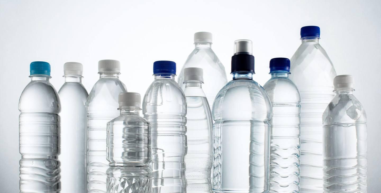 Amankah Meminum Air Kemasan Yang Telah Lama Berada di Tempat Yang Panas ? Ini Penjelasannya