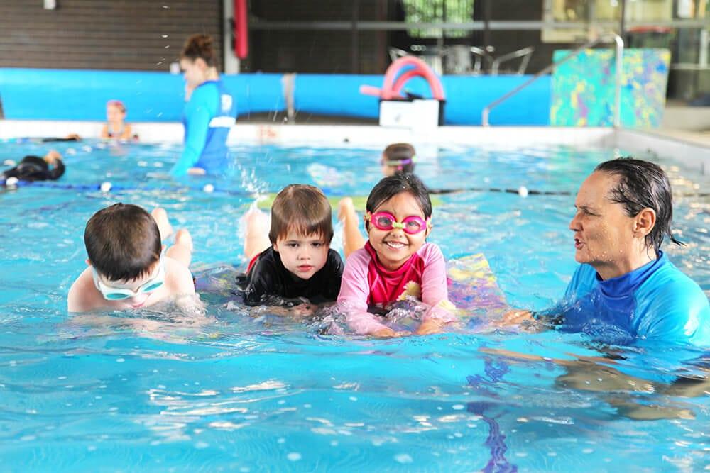 Mengapa Berenang Memiliki Lebih Banyak Manfaat Dibandingkan dengan Jenis Olahraga Lainnya ?